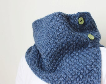 Knitting Pattern Cowl, Little Daisies in Blue, Denim Wool