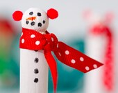 6 Snowman clothespins. Frosty Christmas ornament or gift enclosure Holiday Embellishments | Wooden clothespins gift topper