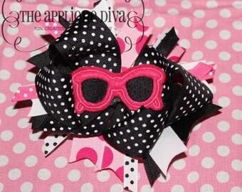 Summer Fun Sunglasses Bow Center Embroidery Design Machine Applique