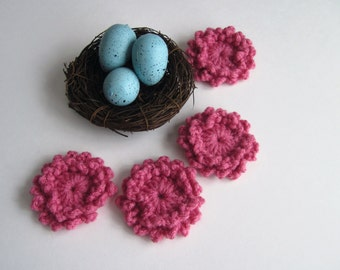 4 Flower Appliques - Crochet in Rose Mauve - Ringed Center - Loopy Pedals (Set of 4)