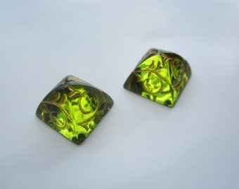 12x12mm Czech Glass Floral Pyramid Cabs Olivine And Gold 2Pcs.