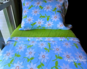 Girls Toddler Fleece Bedding Set 'Daisies with Green' Handmade Fits Crib and Toddler Beds