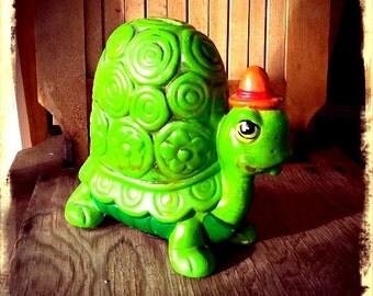 TURTLE   ///   60s Ceramic Bank