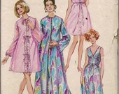 1970 Sewing Pattern Simplicity 9073 Misses peignoir and nightgown size 10 bust 32.5 UNCUT