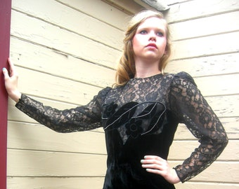 Vintage daring lace dress velvet dress rhinestones large