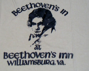 Vintage Graphic T Shirt. Beethoven's Inn. Williamsburg, VA