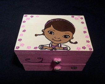 Doc McStuffins Personalized Treasure Box