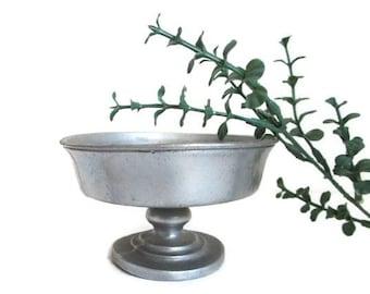 Silver Metal Bowl Pedeastal