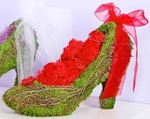 EMERALD CITY HEELS - valentines day gift, gift for her, valentines day, moss planter, tabletop display, unique gifts, party favor