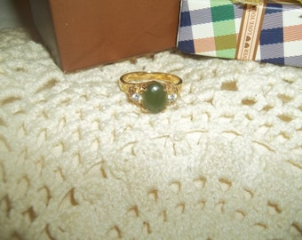 Beautiful Green Jade & Cubic Zirconia Stone Ring Size 9