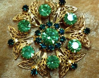 Vintage Celebrity Green Rhinestone and Gold Filigree Pin/Brooch