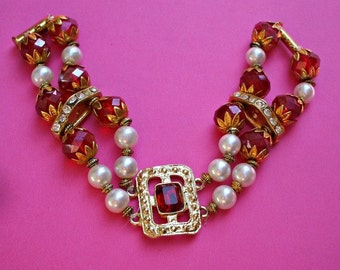 handmade  red bracelet ,pearl and rhinestone,pin up style,retrò style....