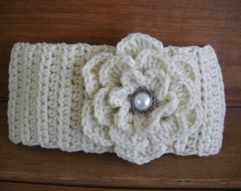 Crochet Headband Womens Headband Winter Fashion Accessories Women Earwarmer Headscarf in Ecru with Crochet Flower
