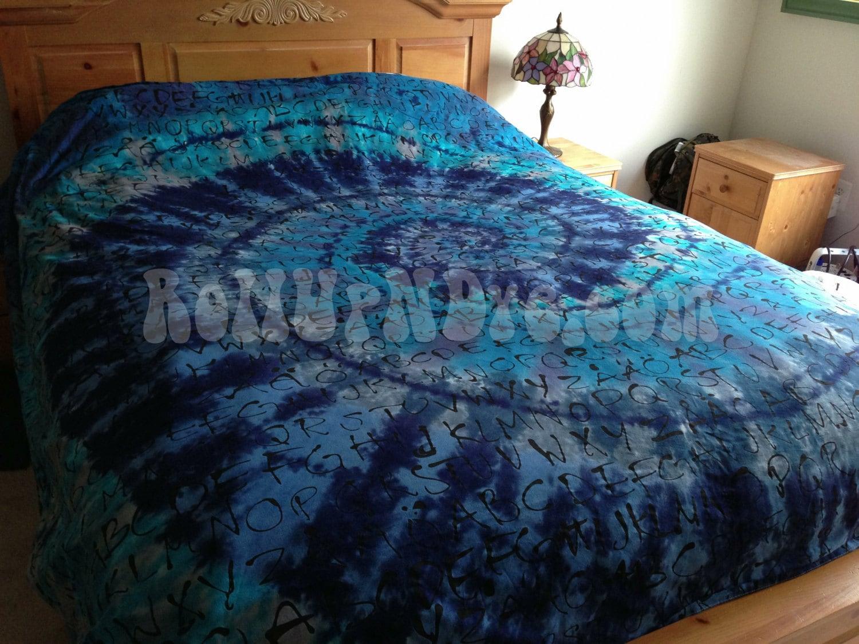 Tie dye housse de couette bleu et gris pour les amoureux de - Mettre housse de couette ...
