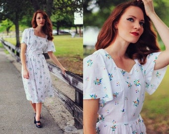 Vintage 50s White Daisy Summer Cotton Dress