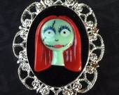 Nightmare Before Christmas Sally Silver Plated Cameo Brooch 30x40mm