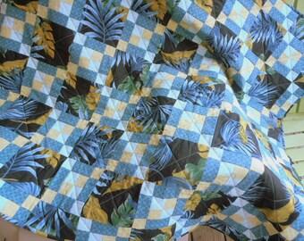 Blue Hawaii Quilt, Hawaiian Quilt, Blue Quilt, Green Quilt, Tropical Quilt, 9 Patch Quilt, Hawaiian Print