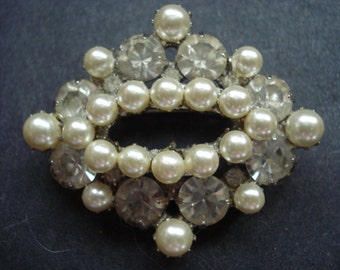 Gorgeous  Vintage Pearl and Crystal Brooch Circa 1940s Unique Design