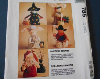 """McCalls 785, Holiday dolls, Easter Bunny, 2.5"""" & 7"""""""