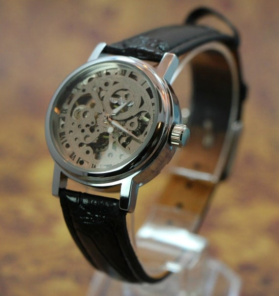 Ladies Watch Steampunk See Thru Man Gear Watch Black Synthetic Leather Band amazing design Womens