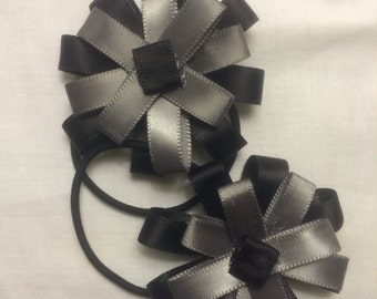 Medium sized flower elastics