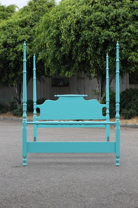 Turquoise four poster double bed for Turquoise bed frame