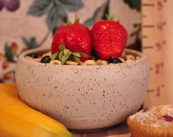 """Stoneware Pottery Cereal/ Ice Cream Bowl. Approx. 6"""" dia. x 3"""" tall. Holds 2 cups."""