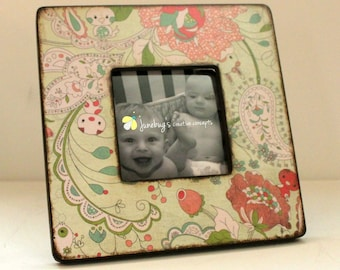 4x4 Wood Photo Frame VIntage Floral Baby Animals