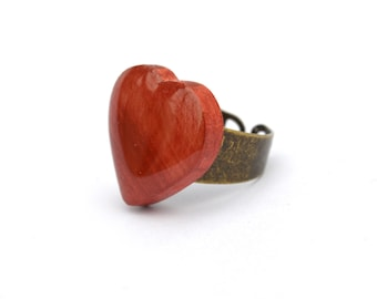 Red heart ring . Red wooden heart ring, wife gift wooden heart ring, heart ring, wooden jewelry, heart jewelry, wood jewelry, promise ring
