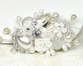 Bridal Hair Comb- Bridal Hair Accessories- Bridal fascinator- Vintage Inspired-Hair Piece- Wedding Hair Accessories- Bridal Hairpiece