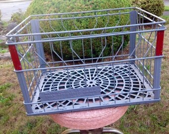 Shabby Chic / Rustic Wire Crate / Basket / Milk Crate