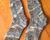 Easy Knit, Basic Sock Pattern in 8 sizes by Double Diamond Knits       permission to sell finished socks