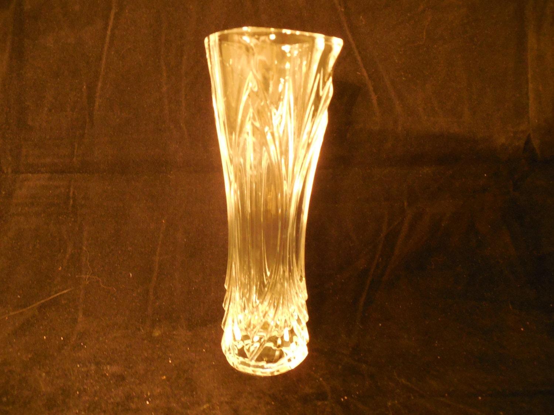 cristal d 39 arques chatelet bud vase. Black Bedroom Furniture Sets. Home Design Ideas