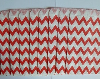 "25 Red and White Chevron Paper Treat Bags- Christmas Bitty Bags- Baby Shower Gift Bag- Candy Cane, Treats, Utensil Baggy, Popcorn- 5"" x 7"""
