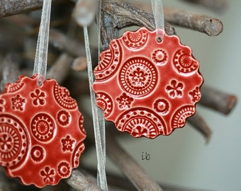 3 Christmas Ornaments Red Lace Ceramic Ornament  Scallop Home Decoration Red Christmas Gift Lace Pottery Red Christmas tree ornament