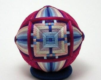 woven square temari
