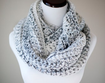 Infinity Scarf // Marble Gray Infinity Scarf // Handmade Knitwear // Women's Infinity Scarf // Winter Accessories // Crochet Scarf