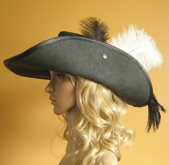 Musketeer hat yellow feather dress