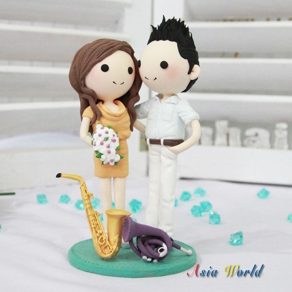 Tanja Cake Topper Artist : Wedding cake topper Musical Artist wedding with their