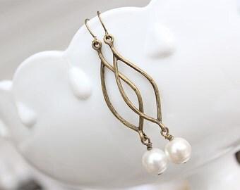 SALE Pearl Earrings - Antique Brass and White Pearl Earrings - Dangle Earrings, Vintage Style Bridesmaid Earrings, Marquise Earrings Pearl