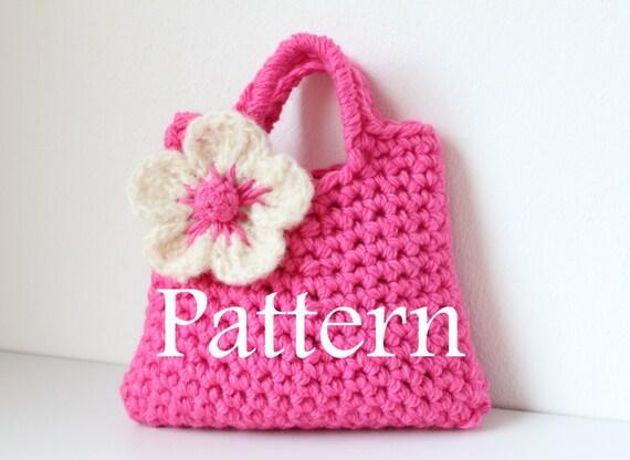 Crochet Purse For Little Girl : Crochet pattern Little Girls Flower Purse by laurimukspatterns