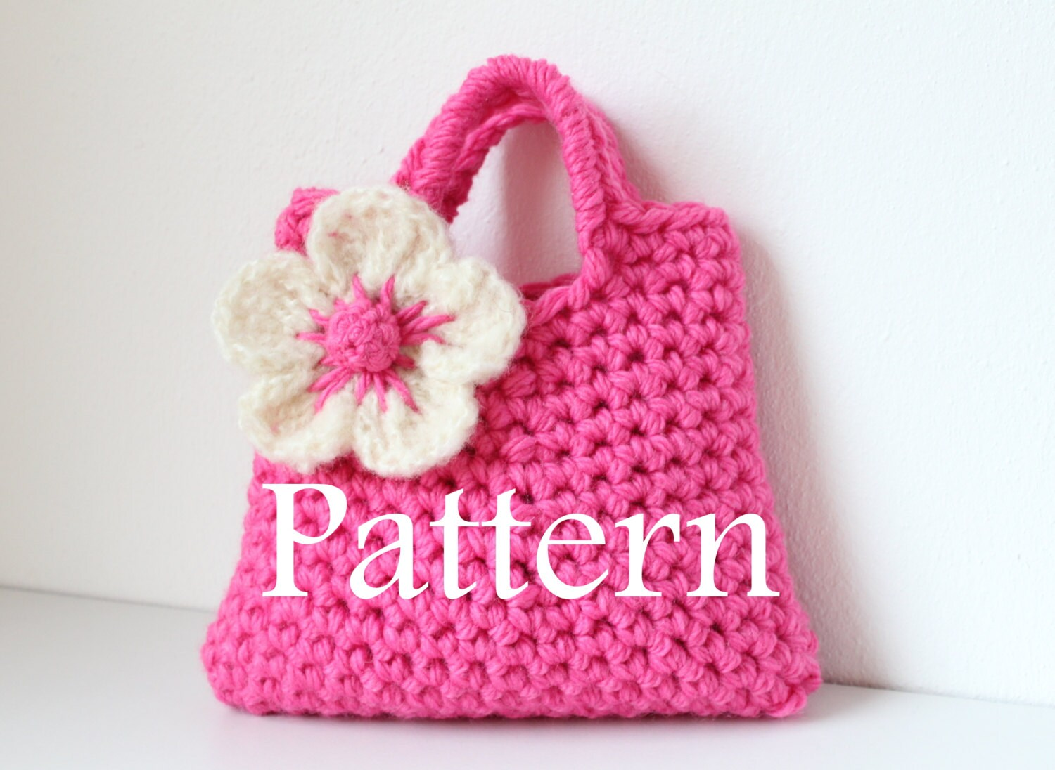Crochet Flower Purse Pattern : Crochet pattern Little Girls Flower Purse by laurimukspatterns