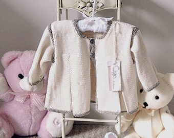 Baby jacket with front pleats P003