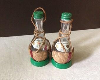 Vtg // Salt & Pepper // Tequila Shot Salt Shakers