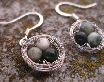 Three Egg Bird Nest Earrings with Speckled Eggs: Green, White, Light Green, Earrings for Mom