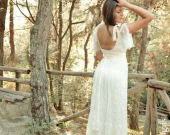 Lace and Tulle Vintage Wedding Dress Bridal Long Gown - Handmade by SuzannaM Designs