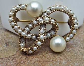 Old Unsigned Pearl Brooch Antique Gold Setting