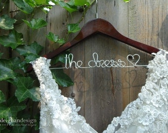 Wedding Dress Hanger, Bride Hanger, Last Name Hanger, Mrs Hanger, Wedding Hanger, Personalized Hanger, Bridal Shower Gift, Bridesmaid Gifts