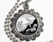Oklahoma Art Pendant, USA Quarter Dollar Image, Round Photo Silver and Resin Charm Necklace