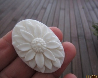 Excellent carved Flower cabochon ,Buffalo Bone Carving, Jewelry making Supplies B3860